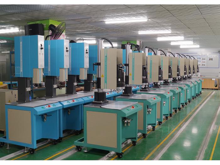 灵科超声波焊接机整机
