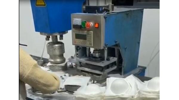 灵科6工位N95口罩转盘焊接机
