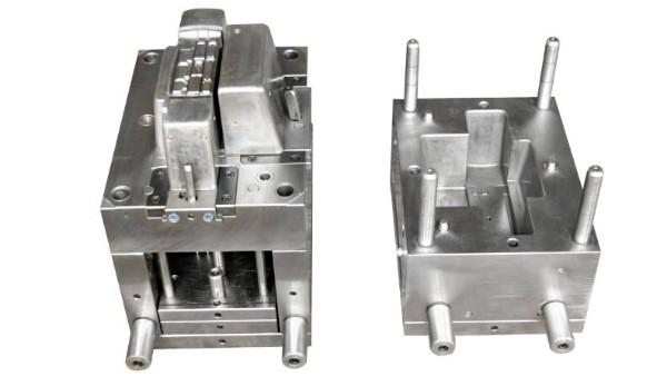 """""""超声波焊头模具""""压铸生产过程中的注意要点"""