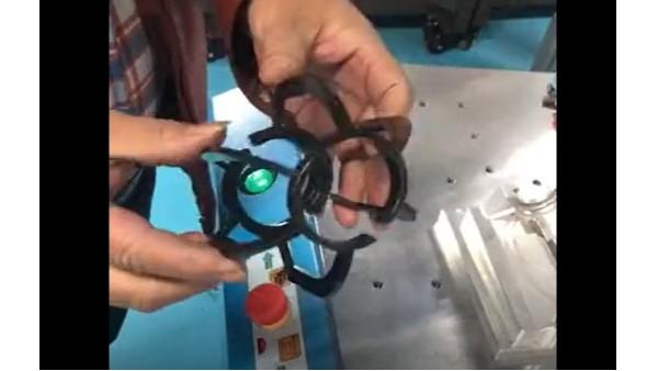 灵科-超声波焊接机焊接小型灯饰外罩